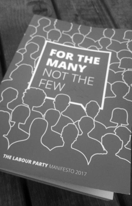 Gedrucktes Labour-Wahlprogramm